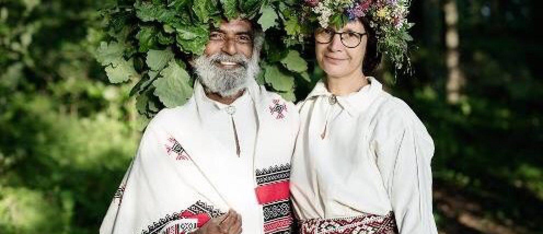 GURU TRADĪCIJA – SARUNA AR ANCI KARNUPU UN VINAJU ČAITANJU /Indija/